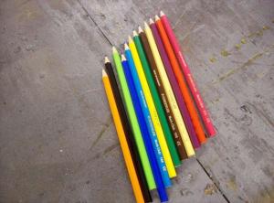 crayon de couleur bague
