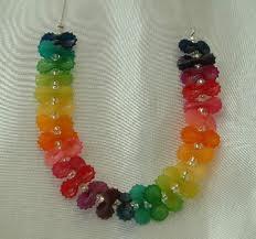 collier de perle arc en ciel
