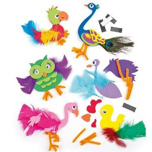 Bricolage enfant avec des plumes
