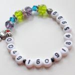 Bracelet avec numéro de téléphone des urgences ou des parents
