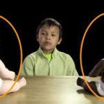 Test de la poupée noire et de la poupée blanche sur des enfants noirs